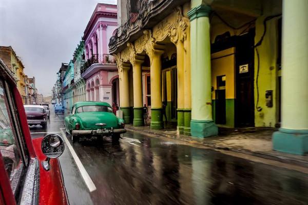 04 Pluie à La Havane Bernard Fonfreyde