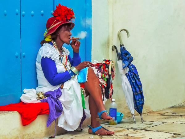 7. Fumeuse de Havane Bernard Fonfreyde  Photo Club de Bourgoin-Jallieu